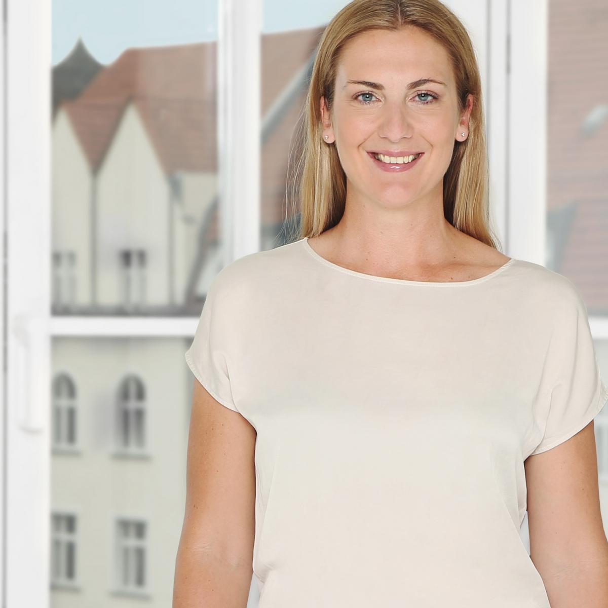 Lisa Miczaika - Zalando